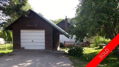 Rossland House for sale:  3 bedroom 1,800 sq.ft. (Listed 2016-06-20)